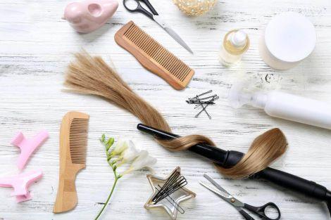 Як доглядати за волоссям вдома?