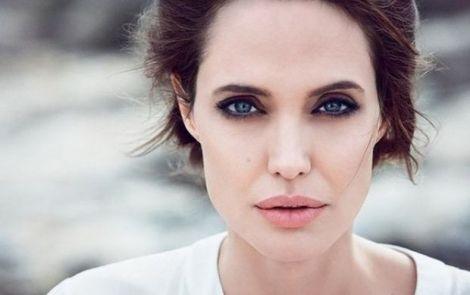 Як харчується Анджеліна Джолі?