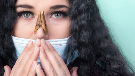 Коронавірус може позбавити відчуття нюху та смаку