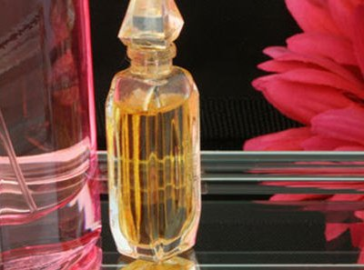 обираючи парфум завжди дивіться на склад