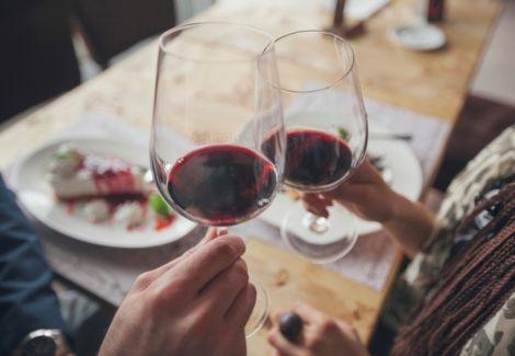 Вино впливає на стосунки