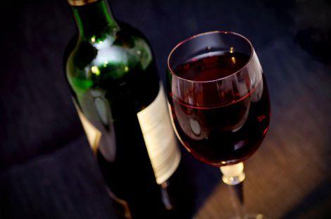 Червоне вино вкорочує життя людини