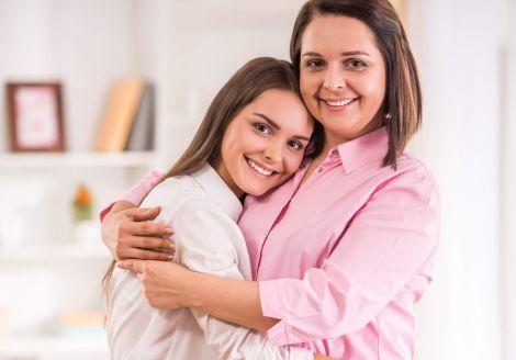 Неповна сім'я впливає на статеве дозрівання дівчаток