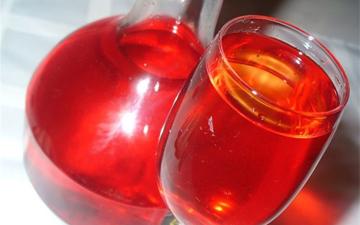 червона смородина виведе камені з нирок