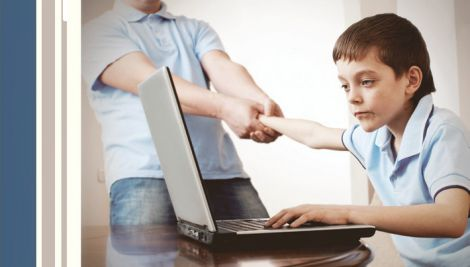 Дитина та негатив в інтернеті