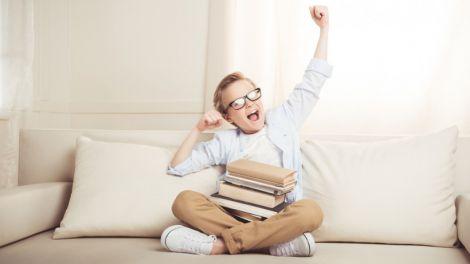 Допомагаємо дитині звикнути до шкільного графіку