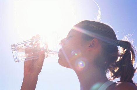 Міф про денну норму води