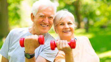 Секрет довголіття: шість щоденних звичок, що продовжують життя