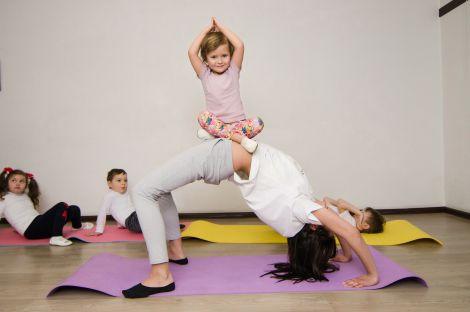 Йога з дитиною