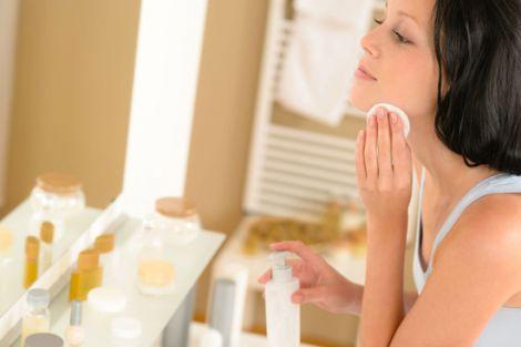 Мінералка омолоджує шкіру