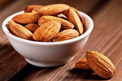 ТОП-8 продуктів, які захистять від інсульту