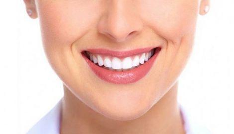 Найбільш шкідливі звички для зубів