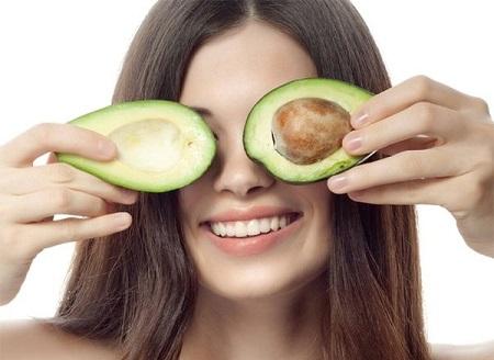 Маска з авокадо