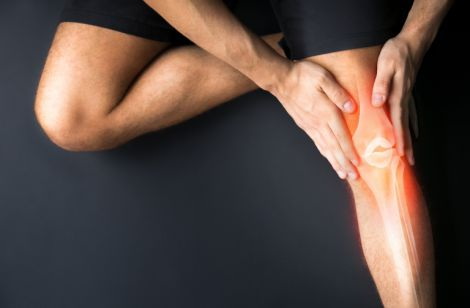 Який біль у суглобах свідчить про артрит?