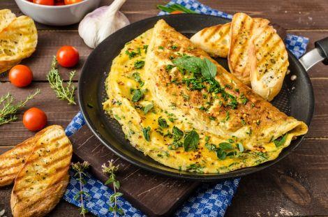 Омлет з курячих яєць