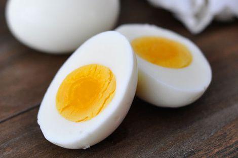 Корисні властивості курчих яєць для зору