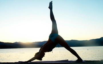 ранкова йога збадьорить вас на цілий день