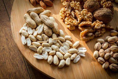 Науковці розповіли, що горіхи не призводять до набору зайвої ваги