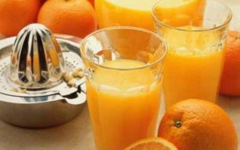 Апельсиновий сік зранку не надто корисний