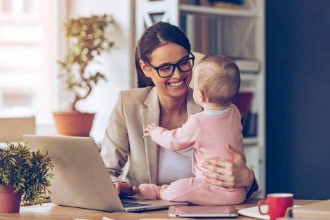 Переваги пізнього материнства