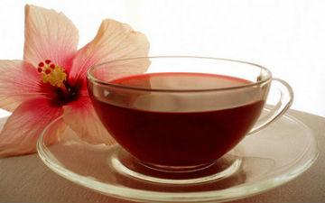 Чай з гібіскусу вилікує застуду