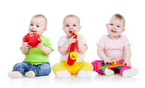 Небезпечні пластикові іграшки