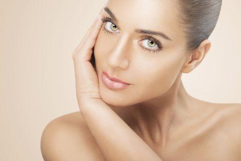 Мережа аптек заборонила використовувати фотошоп у рекламі косметики