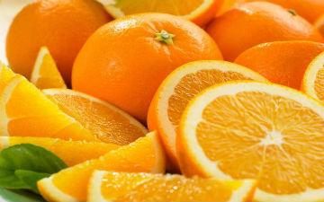 Апельсин збуджує апетит і добре втамовує спрагу