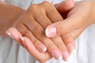 Гляньте на нігті