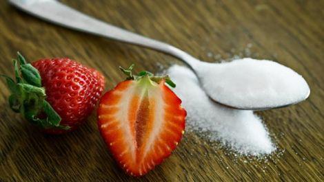 Чому цукор шкідливий для організму?
