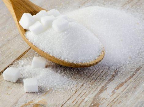 Чому не варто вживати багато цукру?