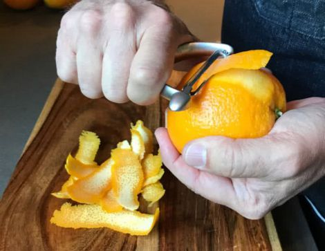 Корисні властивості апельсинової шкірки