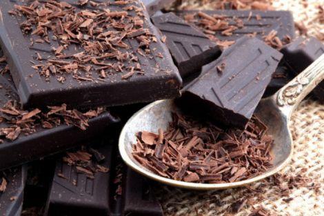 Темний шоколад допоможе знизити тиск