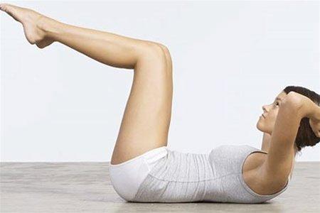 ТОП 5 вправ для плоского живота