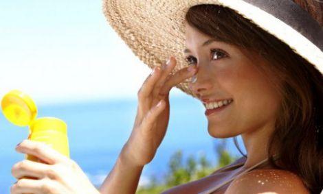 Тональний крем не захистить від сонця