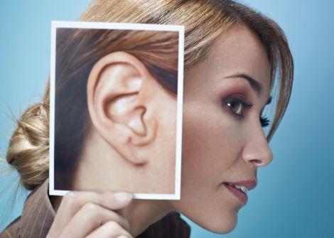 Від старечого маразму захистить слуховий апарат