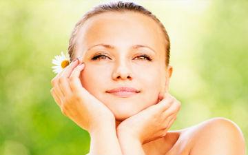 В домашніх умовах, коли часу мало, можна швидко привести шкіру в норму