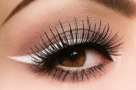 Несприятлива екологія також впливає на розвиток катаракти