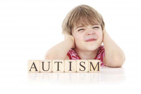 Як розпізнати аутизм у дитини?