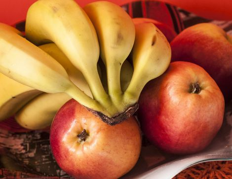 Банани та яблука треба вживати регулярно