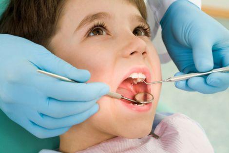 Выбираем первого стоматолога для ребенка