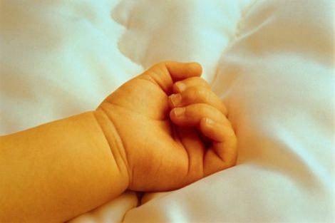 Дитяча смертність у світі зменшується