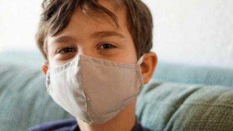 Вчені розповіли про симптоми постковідного синдрому у дітей