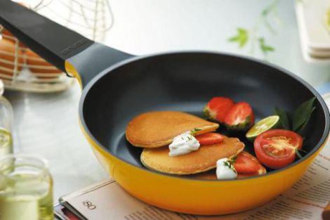 Антипригарне покриття на посуді