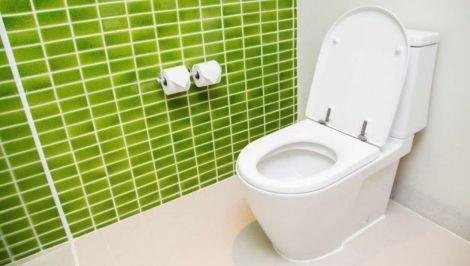 Підхопити COVID-19 можна в туалеті