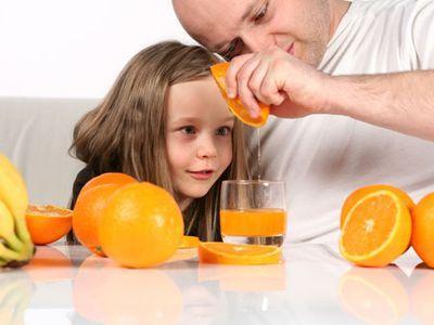 значну частину вітамінів можна отримати правильно харчуючись