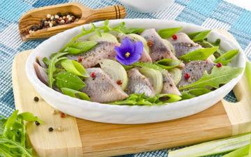 Лікарі рекомендують вживати мінімум дві порції риби на тиждень