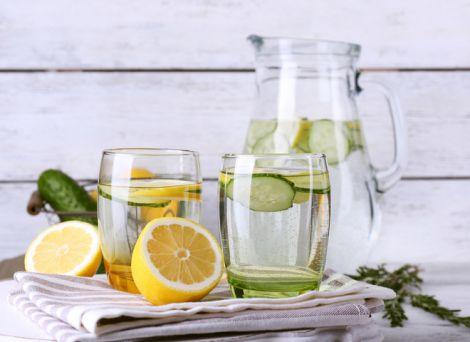Напої, які допоможуть їсти менше