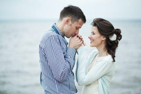5 речей, які ніколи не можна розповідати про стосунки