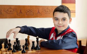 Шахи дуже добре розвивають дитину